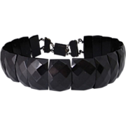 Astonishing Victorian Whitby Jet Faceted Carved Mourning Choker Necklace