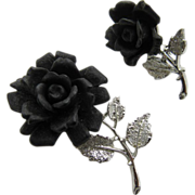 Silver Tone Brooch Set With Carved  Black Roses