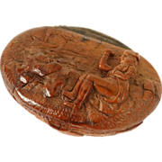 Antique french carved corozo nut snuffbox, Napoleon on the Sainte-Hélène Island, 19th