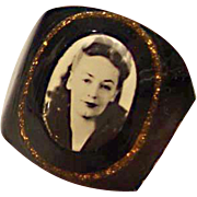 Bakelite Prison Ring with photo