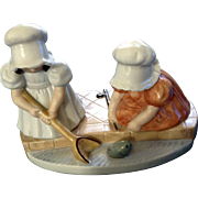 Vintage Sunbonnet Babies Sunday Sonntag Fishing Royal Bayreuth Designers Ceramic Figurine