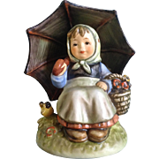 """Hummel Figurine Exclusive Special Edition Members Collector Club """"Smiling Through"""" # 408/0"""