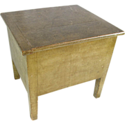=Original Paint= Necessary cabinet ca.1825, green apple green, white pine