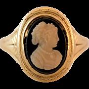 Antique 14K Gold Black & White Hard Stone Cameo Ring Size 6-3/4