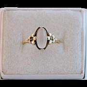 Art Nouveau 10K Gold Moonstone Ring Size 5 1/2