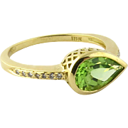 SALE Vintage 18k Yellow Gold Tear Drop Peridot and Diamond Ring Size 8