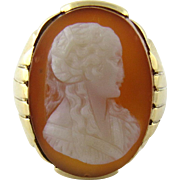 Antique Victorian 14K Yellow Gold Large Light Brown and White Cameo Ring, Size 10.25