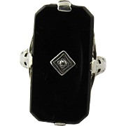 Vintage 14K White Gold Black Onyx And Diamond Ring Size 5.25