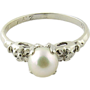 Vintage 18K White Gold and Pearl Ring Size 5