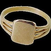 Vintage Baby Ring 10k Gold circa 1960's size 1