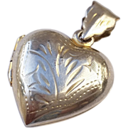 Engraved Stelring Silver Heart Picture Necklace Locket