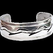 SALE Old Pawn Excellent Navajo Sterling Silver ,925 Stamped Bracelet