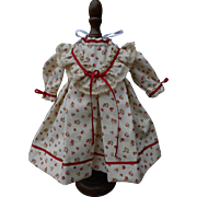 **Sweet small dress, made of fine floral cotton***