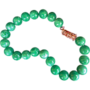 Vintage Chinese Apple Green Aventurine 20 mm Beads Necklace 22k Dragon Clasp