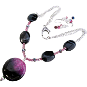 A Sardonyx & Raspberry Quartz Druzy Pendant with African Agate Necklace and Earrings