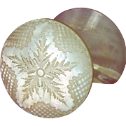 Mother of Pearl Shell Topped Sewing Reel Holder or Thread Spool, England c1840 (ref4)