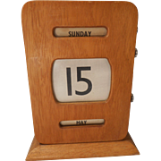 Vintage Oak Desktop Perpetual Calendar