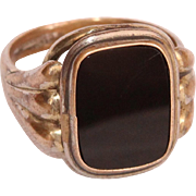 SALE Victorian Signet Ring with Onyx and Gold Double - late 19th Century