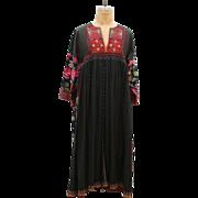 SALE 70s Handmade Vintage Embroidery Flower Pattern Maxi Dress