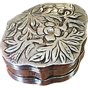 SALE 17th c / early 18th c Hallmarked Solid Silver Continental Snuff Box.