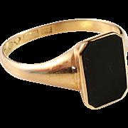 SALE 18k Gold Black Onyx Men's Ring. Vintage 1946, maker Ekström & Blohm, Sweden