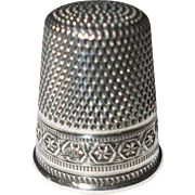 Pretty Antique Silver Thimble