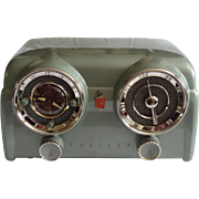 SOLD 1953 Crosley Tube Clock Radio Model DB-25 GN (Green) with Bluetooth receiver and cable in