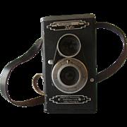 Vintage 1940's Hollywood Reflex Sportsman TLR Camera