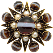 Victorian 10k Yellow Gold Cabochon Agate & Cultured Seed Pearl Flower Brooch Pin