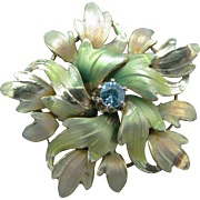 Vintage 9k Yellow Gold Enameled Leaf Brooch with an Aquamarine Stone in Center