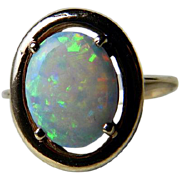 Vintage Opal Ring Engagement Ring 1.65 ct Australian Opal 10k yellow gold setting
