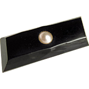 Whitby Jet Genuine Pearl Pin Good Quality