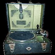 Vintage Columbia Gramophone(Phonograph) (portable)