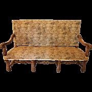 Louis XIII style settee in walnut