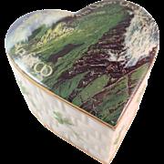 Ardleigh Elliott Heirloom Porcelain Music Box