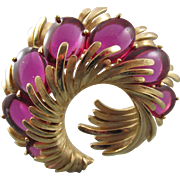 Vintage Trifari Fuschia Unfoiled Cabochon Brooch