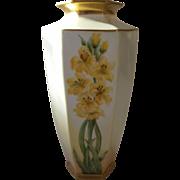 ES Prussia Daffodil Vase