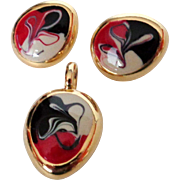 SALE Abstract Red White Black on Gold Tone Pendant Earrings Vintage
