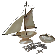 France late 19th century : lovely set of 3 mother of pearl bibelots.