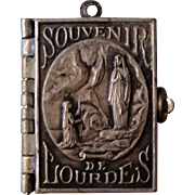 French Souvenir Photos Pendant / Book Lourdes c.1910