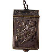 Rare French Souvenir of 1914 Pendant / Locket with Photos of French and English Generals and .