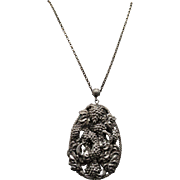 Vintage Large Leaf & Grape Cluster Pendant Necklace - Silver Plated