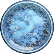 Art Deco Glass : A large signed Pierre d'Avesn opalescent Bird Of Paradise Charger C ...