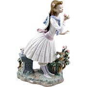 Lladro Porcelain Figurine 1974 Aroma Exquisito No 1313 Little Girl in Garden Retired 1989 ...