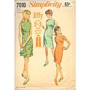 Misses One Piece Dress Slim Collarless Simplicity 7010 Vintage Sewing Pattern