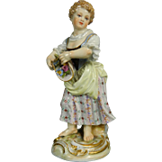 Antique Hand Painted Meissen Figurine of a Flower Seller – Germany 19th Century
