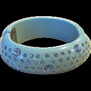 Rare powder blue unsigned Weiss thermoset rhinestone clamper