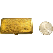 Miniature Razor in Gold Metal Case for  a French Fashion