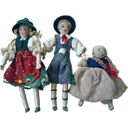 Two Cloth 4'' Vintage Doll House Dolls & Friend