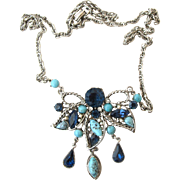 Vintage Hollycraft Blue Stone Pendant Necklace